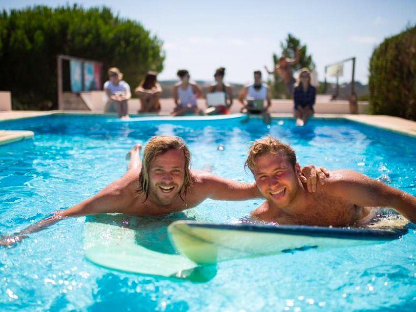 coworksurf-surf